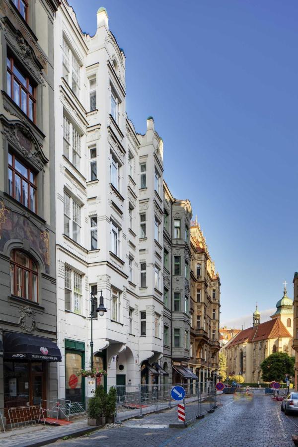 jprerovsky_old_town_square_apartments_v_kolkovne_3393-2.jpg