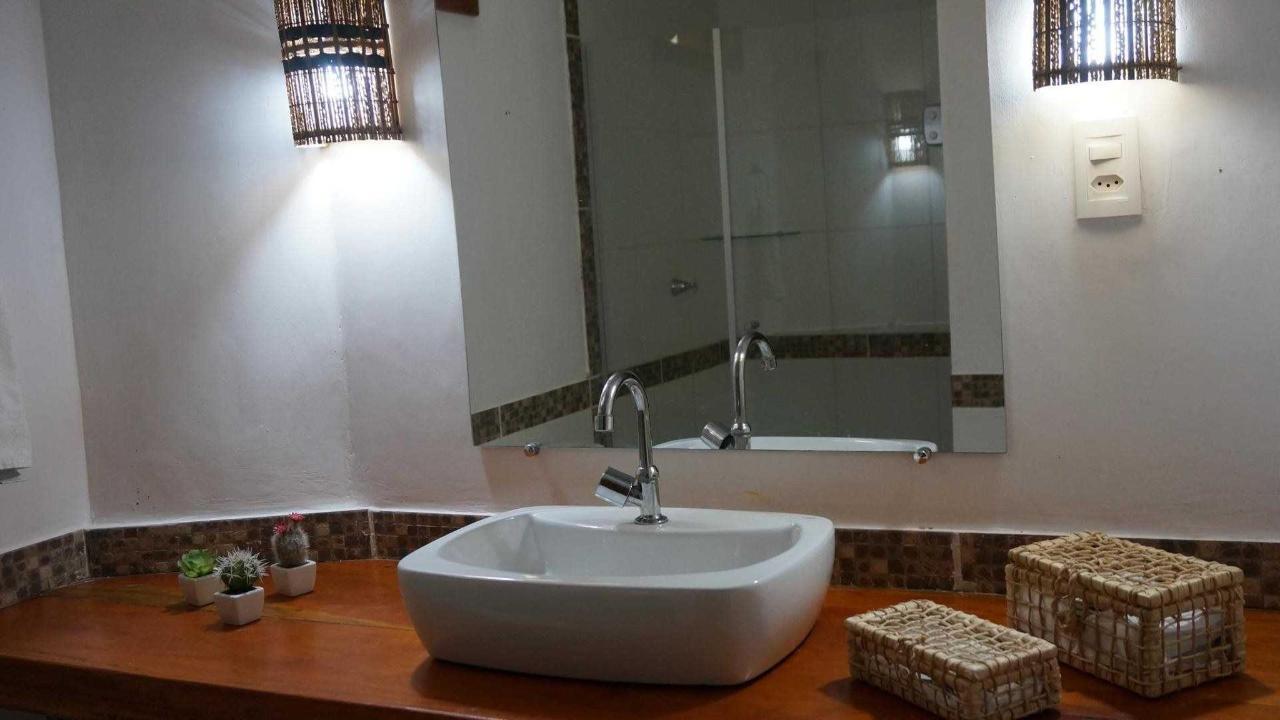 Banheiro Quartos Duplos e Triplos.jpg