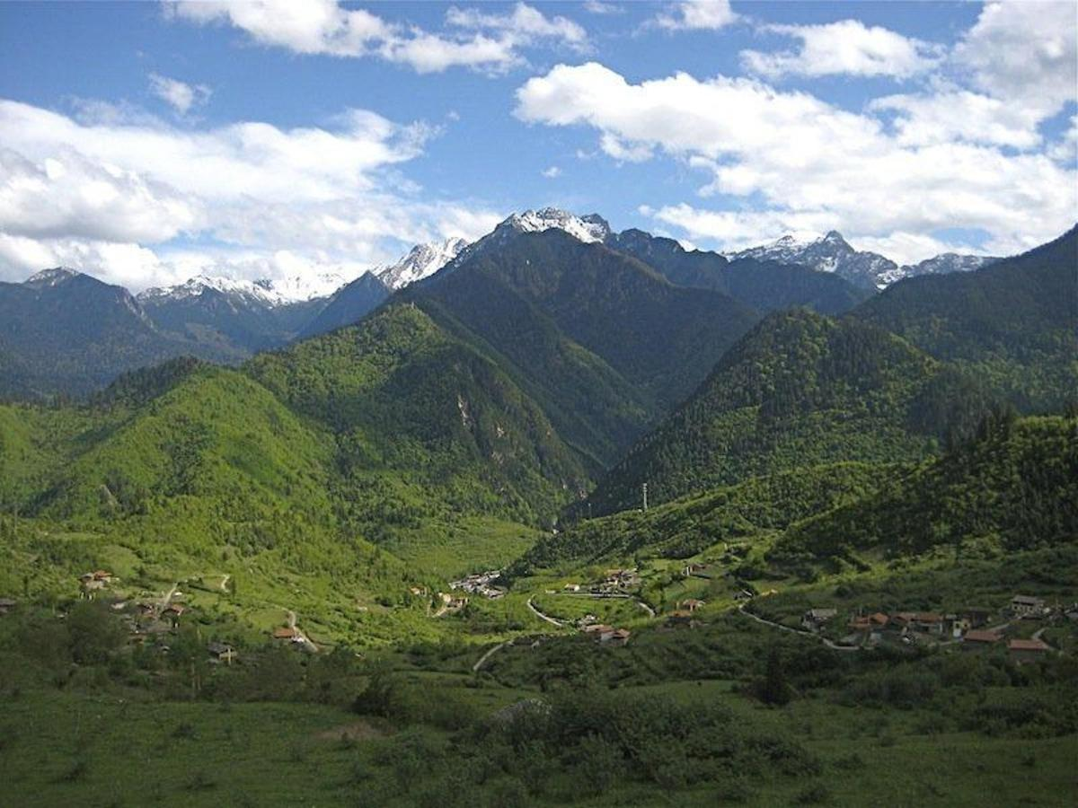 Shang Si Zhai Valley.