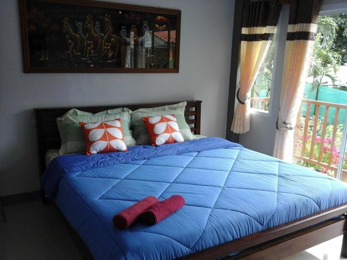 Deluxe Single Room with Balcony3