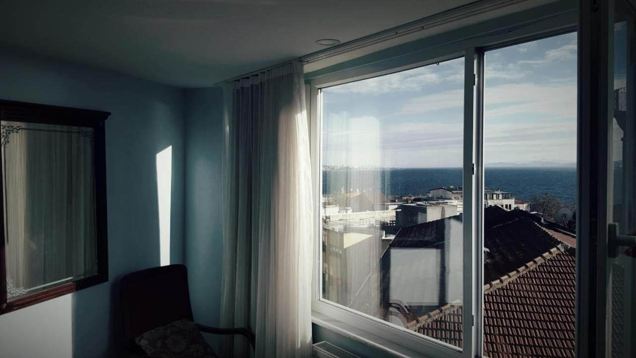 Two-Bedroom Apartment with Sea View2