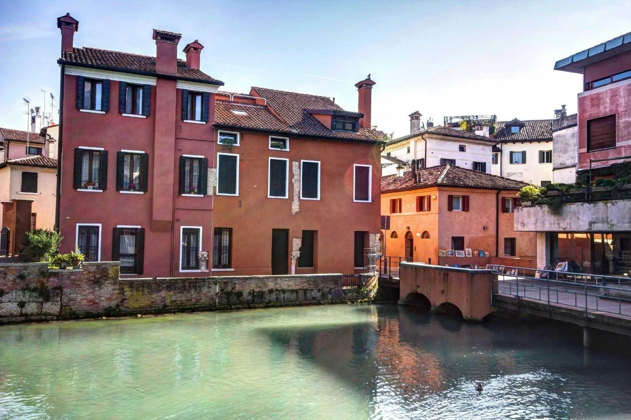 Treviso -    houses overlooking the river Cagnan