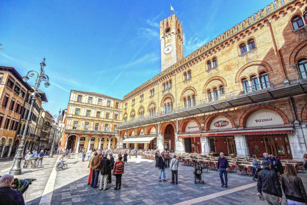 Treviso - Signori's square .jpg