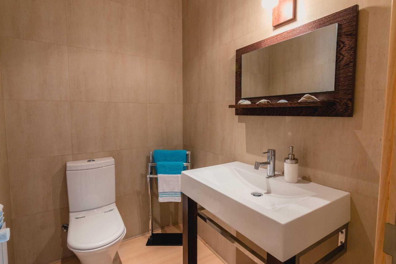 1.jpg baja wc