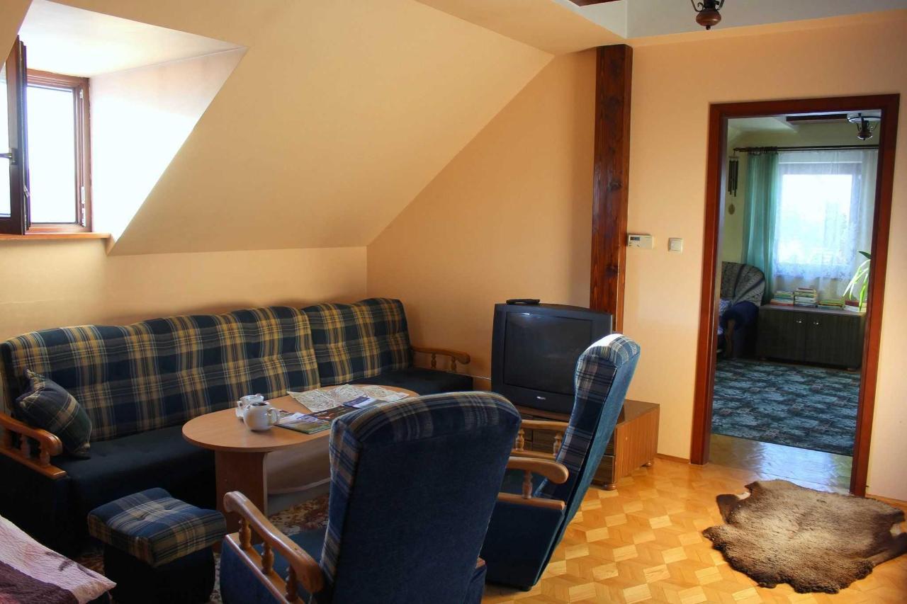 apartament na pietrze - salon.jpg