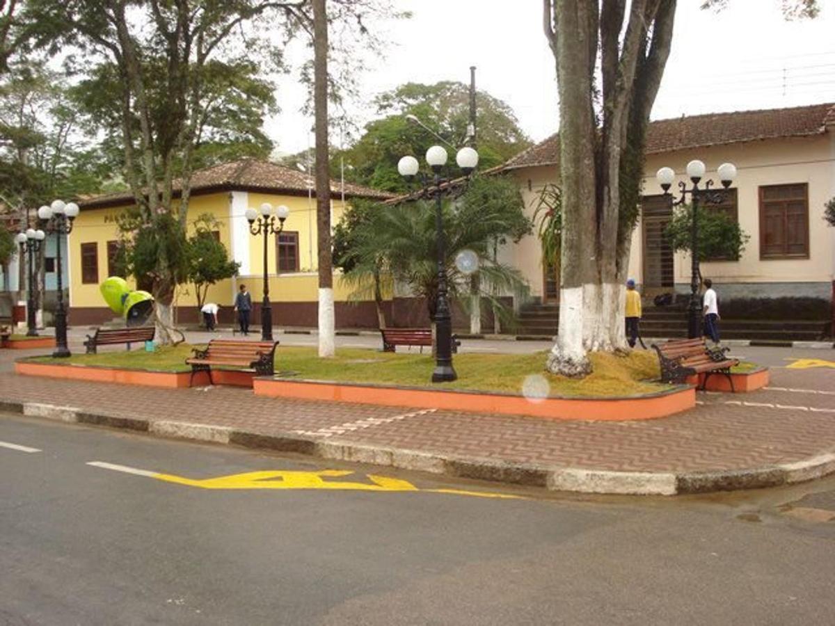 Paço Municipal - Monteiro Lobato/SP.jpg