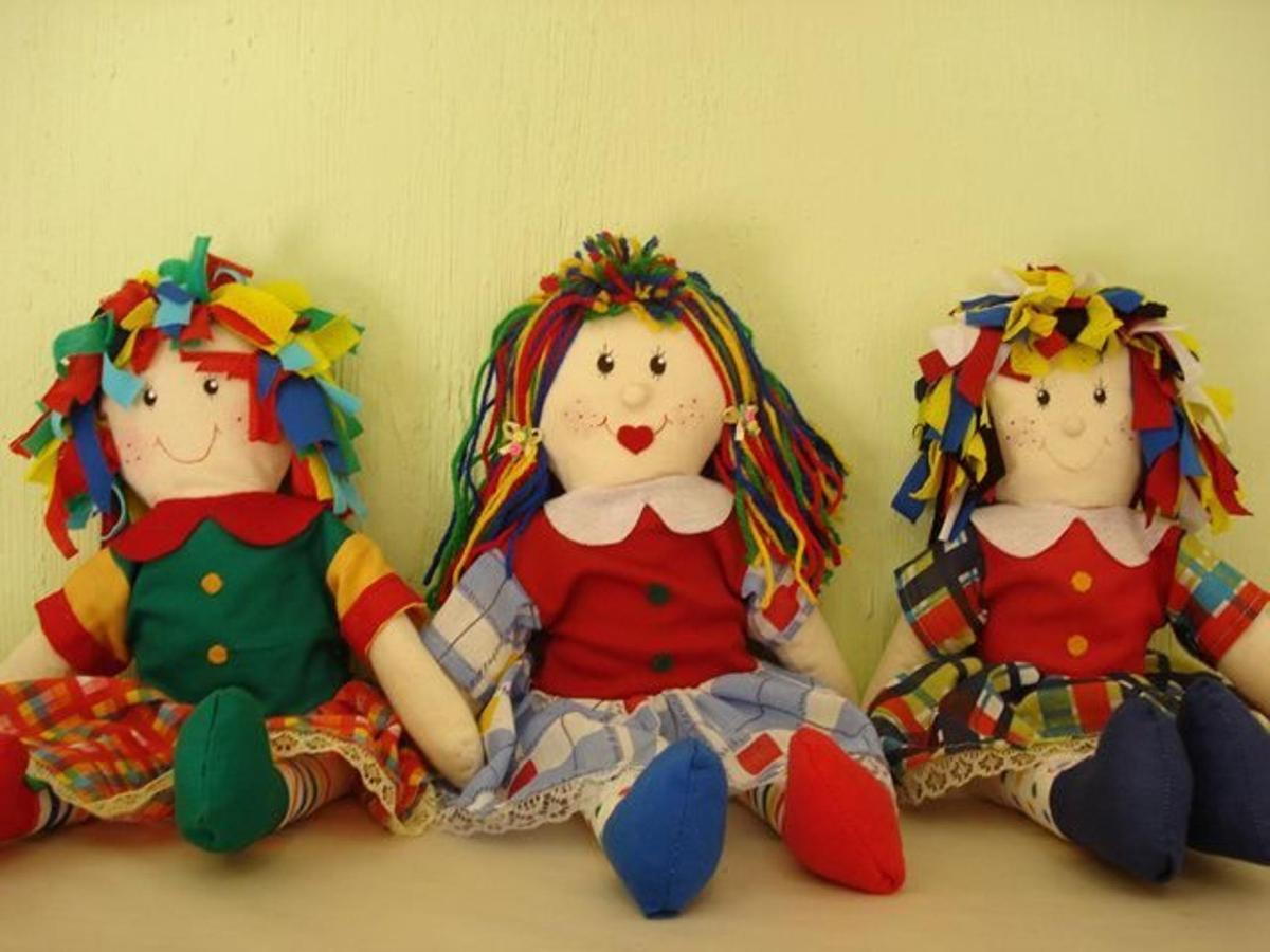 Bonecas de Pano - Monteiro Lobato/ SP.jpg