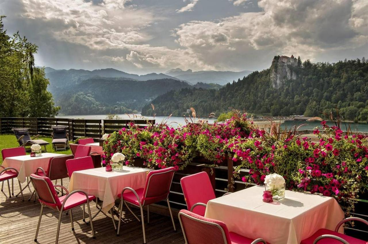 Hotel Kompas Bled - Cafe Terrace with a view