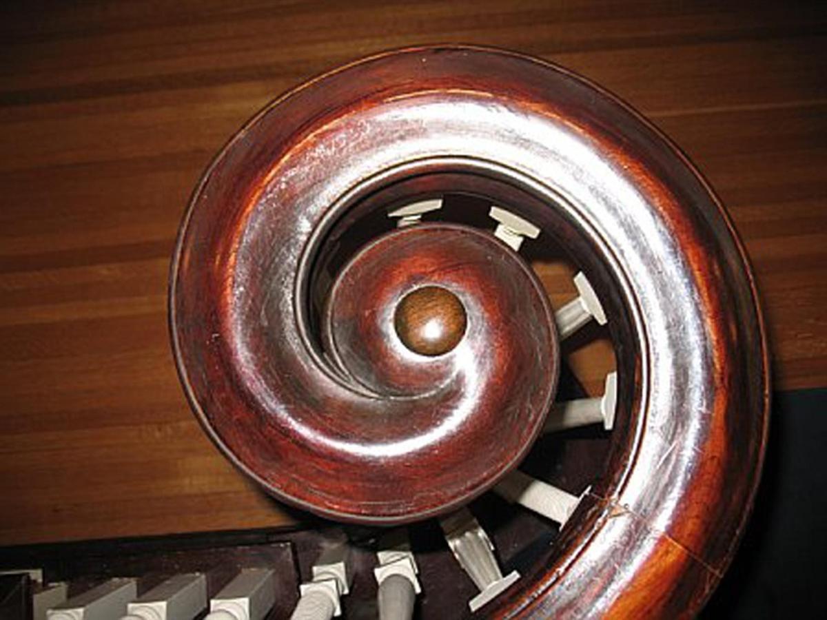 stair-wood.jpg.1024x0.jpg