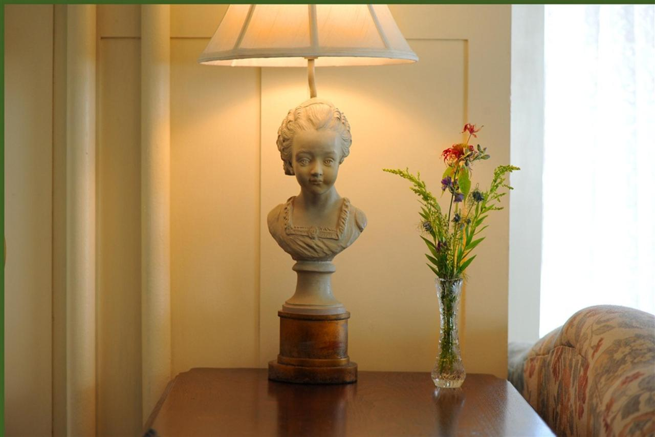 ls-lamp.jpg.1024x0.jpg