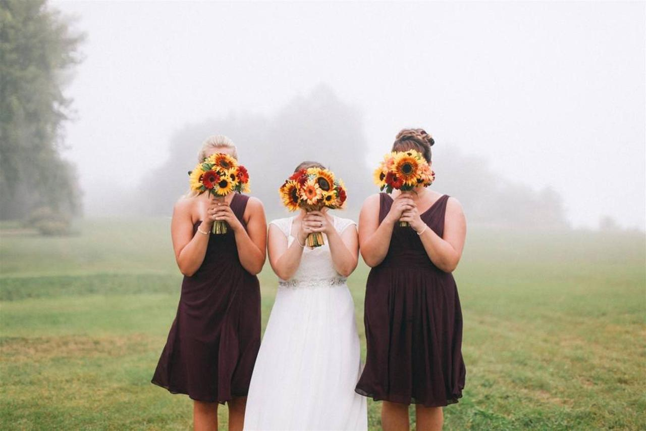 barn_bridesmaids.jpg.1024x0.jpg