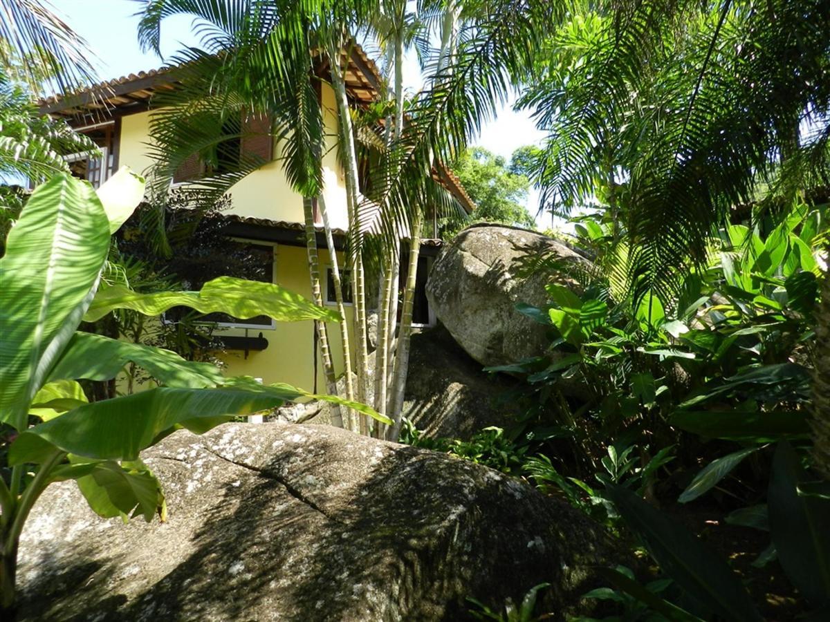 Piedras y jardines del pueblo (3) .jpg