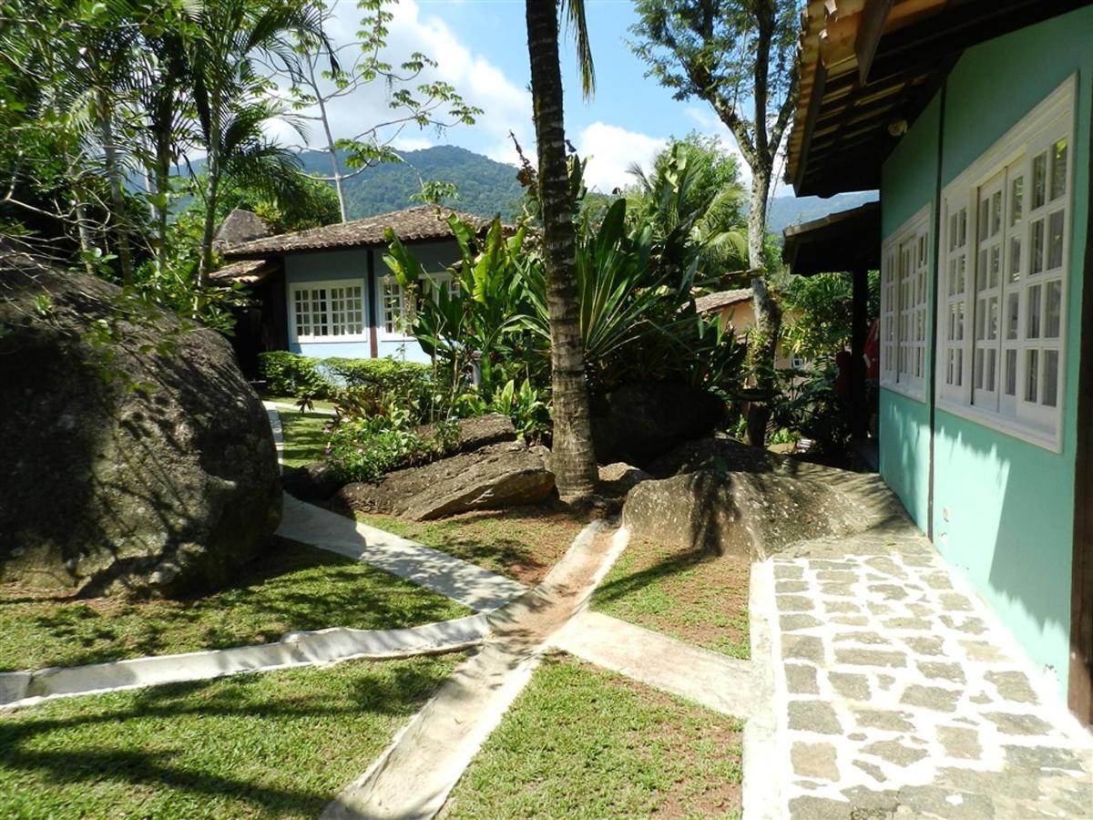 Piedras y jardines del pueblo (12) .jpg