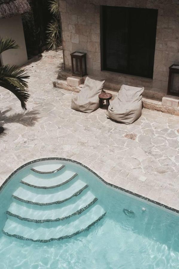 Pool - Howlita Hotel - Tulum.jpg