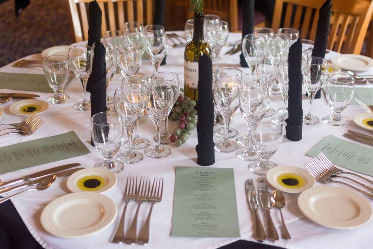 taste_of_italy_wine_dinner.jpg.1024x0.jpg