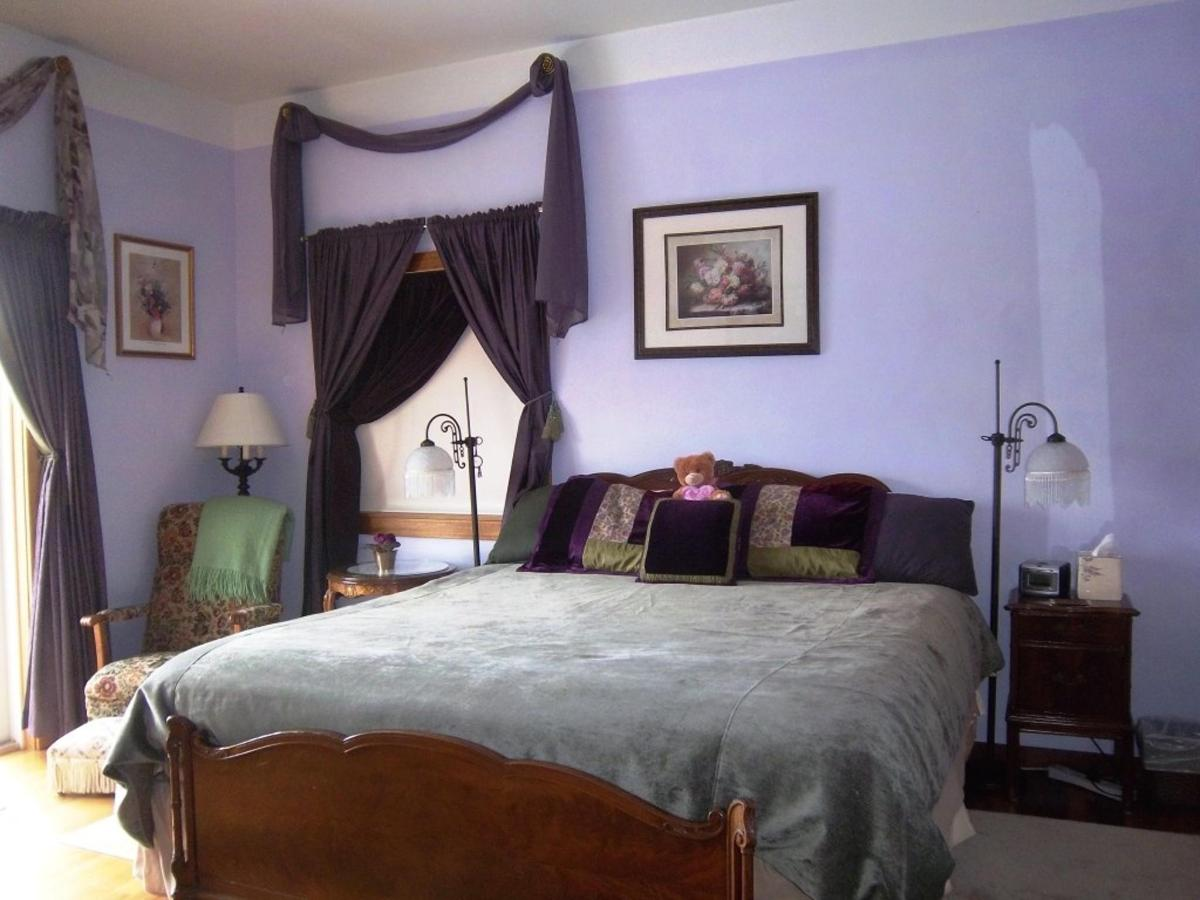 amethyst-room-new-king-bed-at-coppertoppe1.JPG.1024x0.JPG