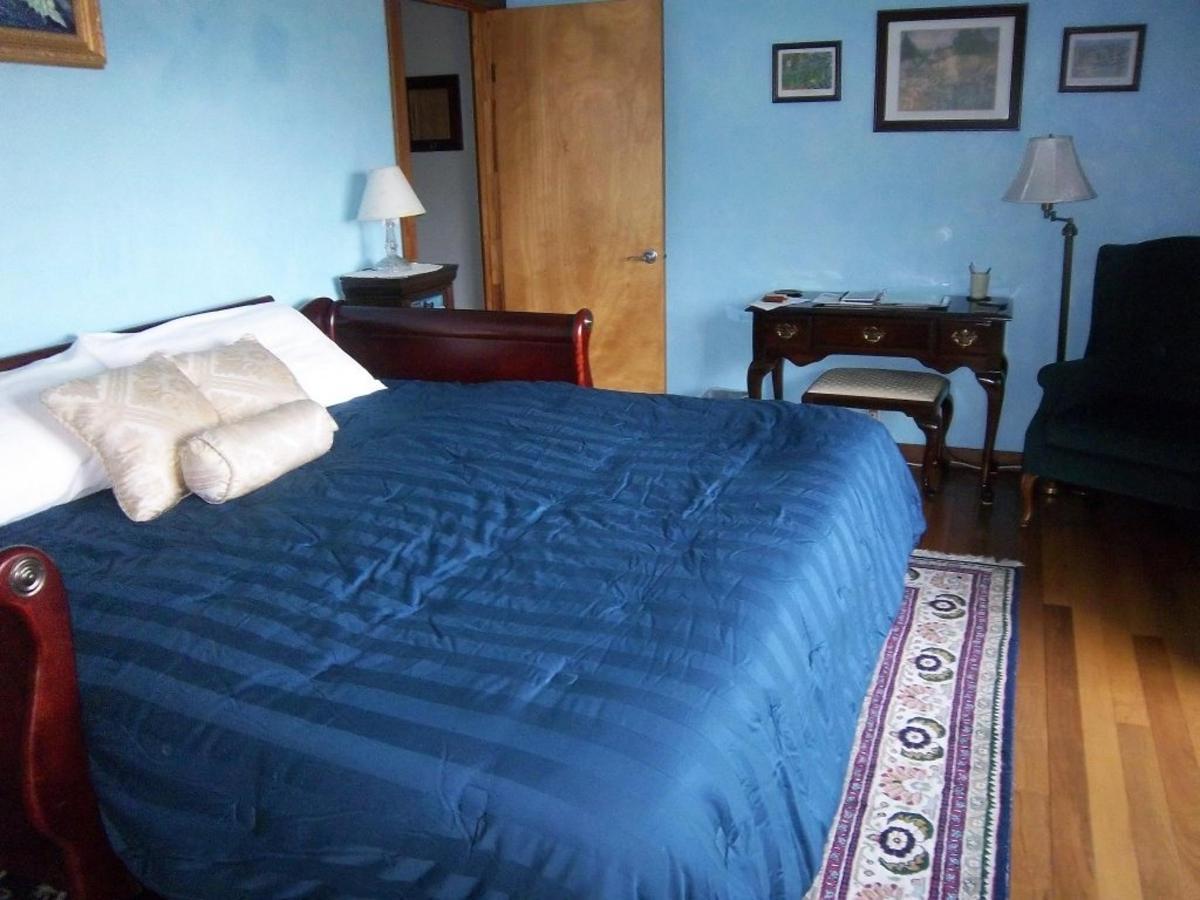 turquoise-room-king-010.JPG.1024x0.JPG