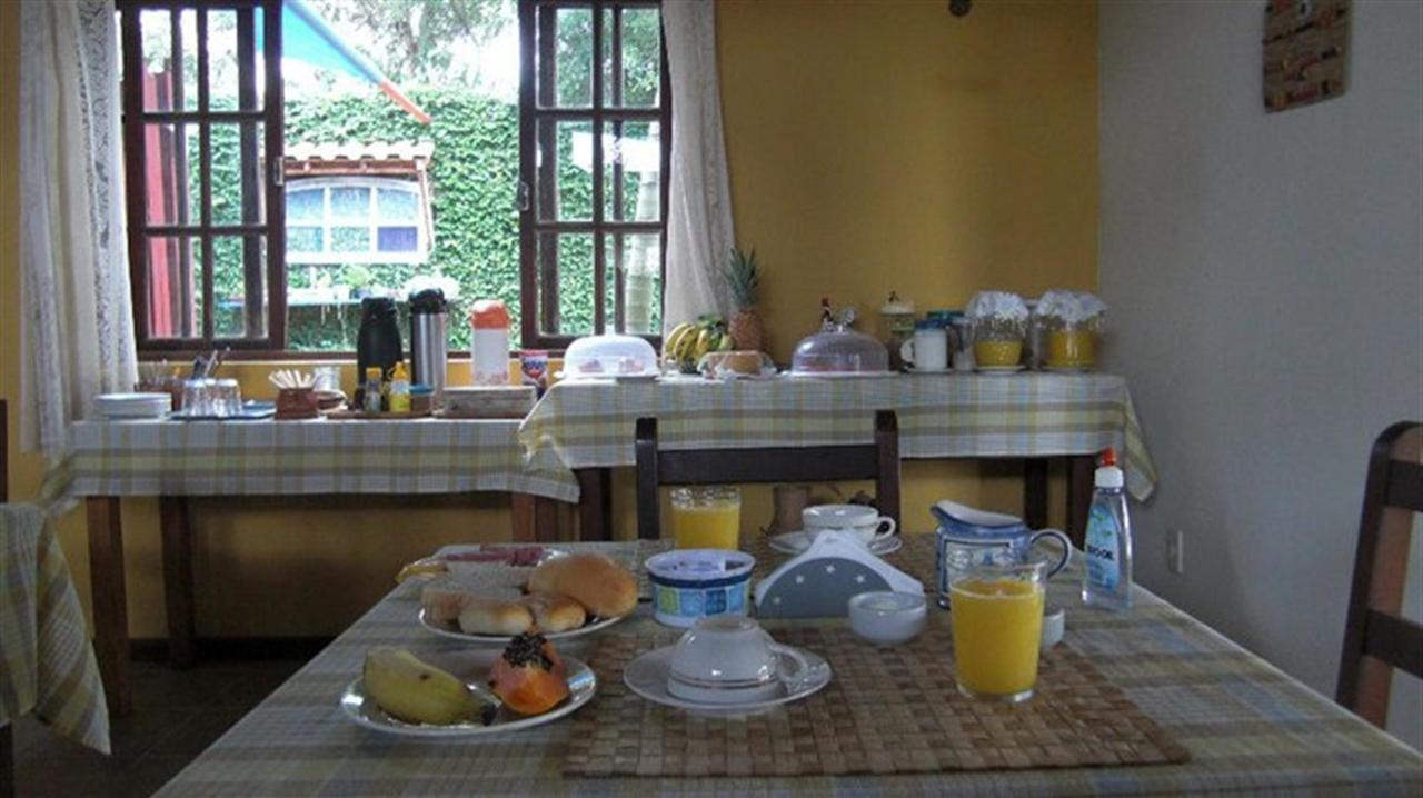 breakfast Pousada Barcarola.jpg