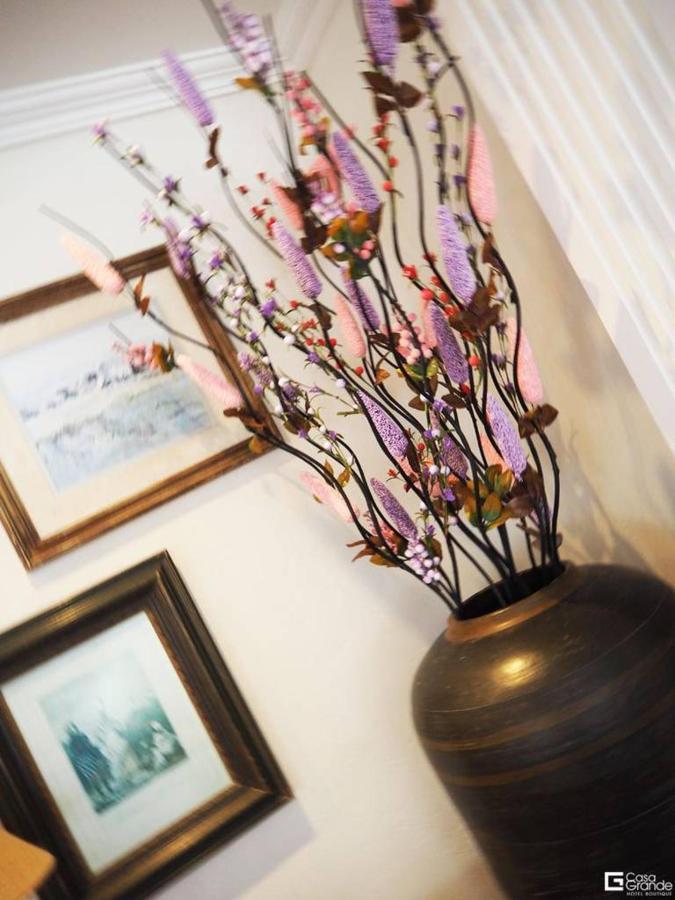 Sala con flowers.jpg
