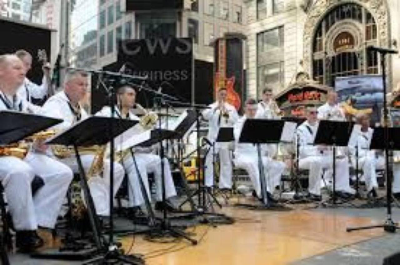 US Navy Band.jpg