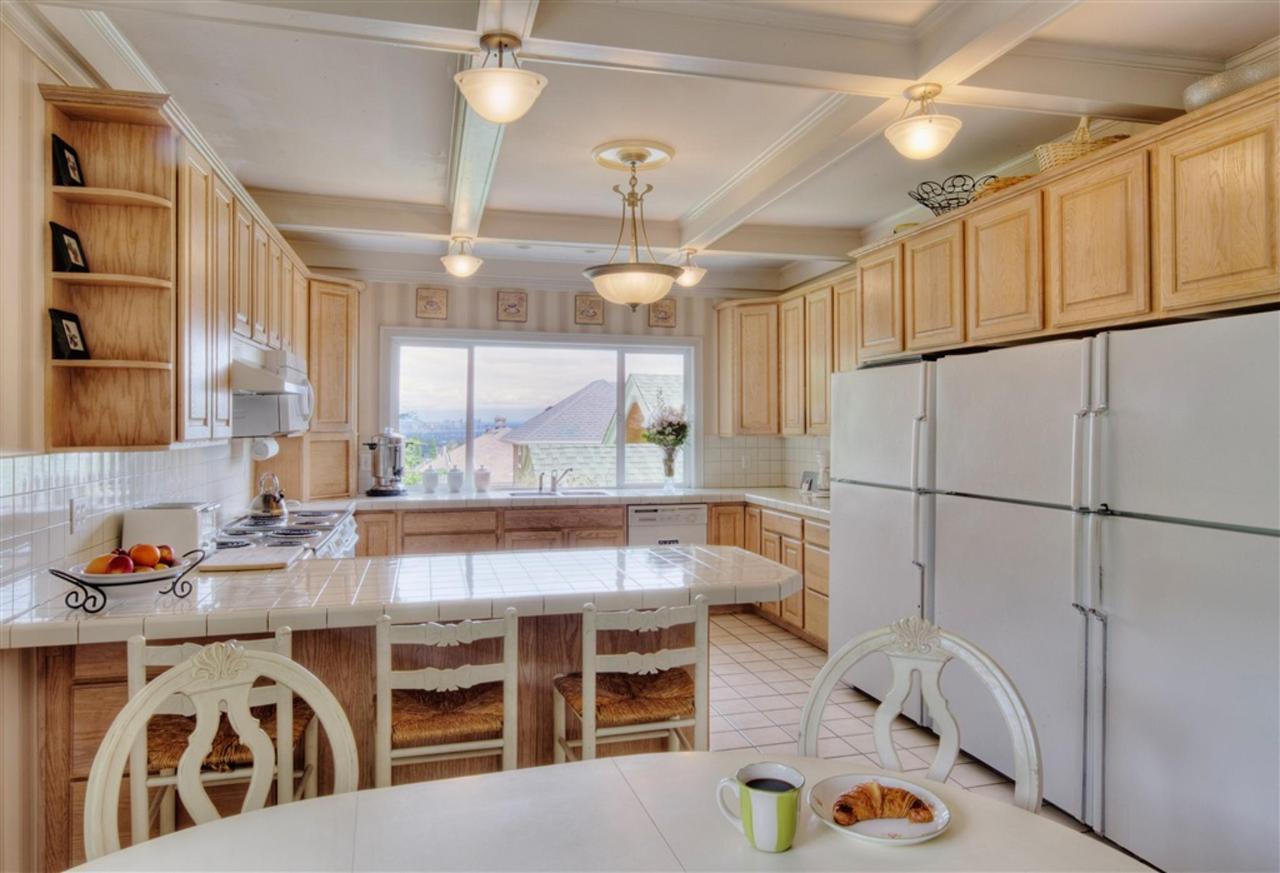 kitchen-1.jpg.1024x0.jpg