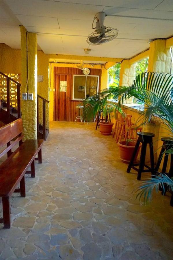 Pasillo - Hotel Aurora0.jpg