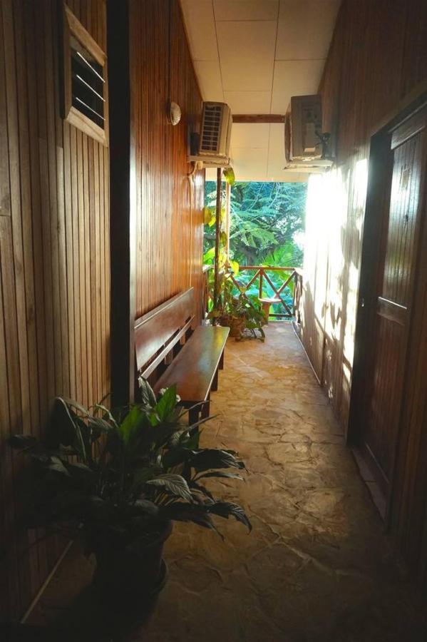Pasillo - Hotel Aurora - Montezuma.jpg