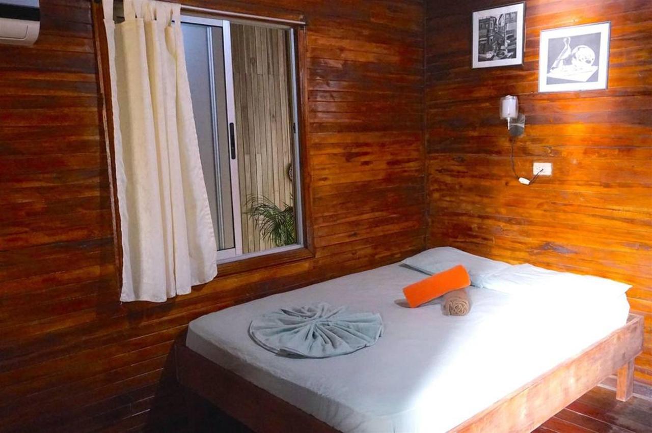 Doppelzimmer - Hotel Aurora.jpg
