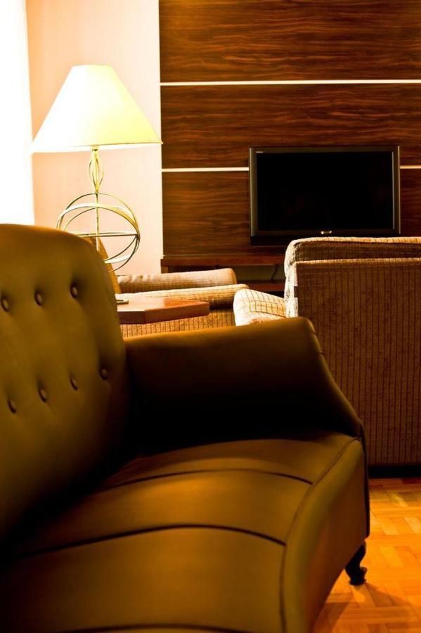 hotel-timbo.jpg