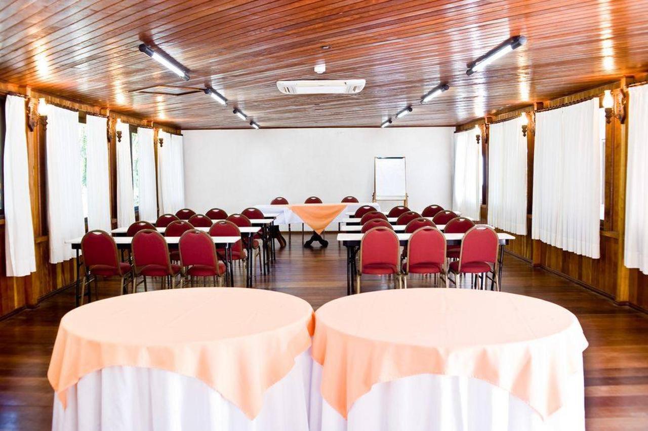eventos-no-timbo Sala Bromelia.jpg