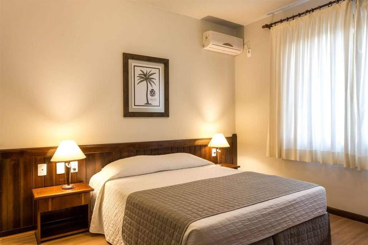 Standard casal - Timbo Hotel.jpg
