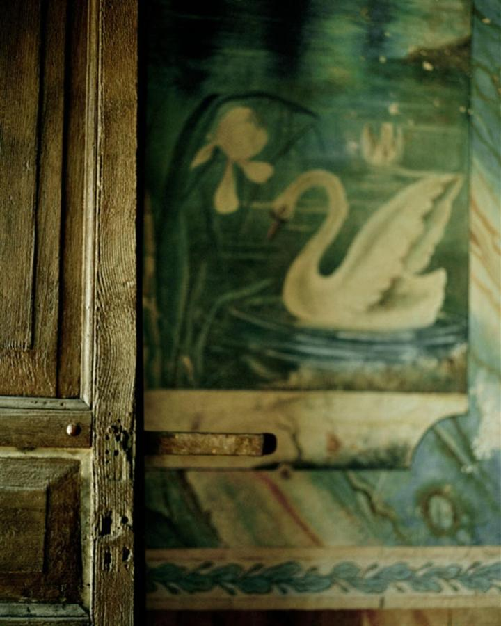 A detail of the foyer murals circa 1930's - The Inn.jpg