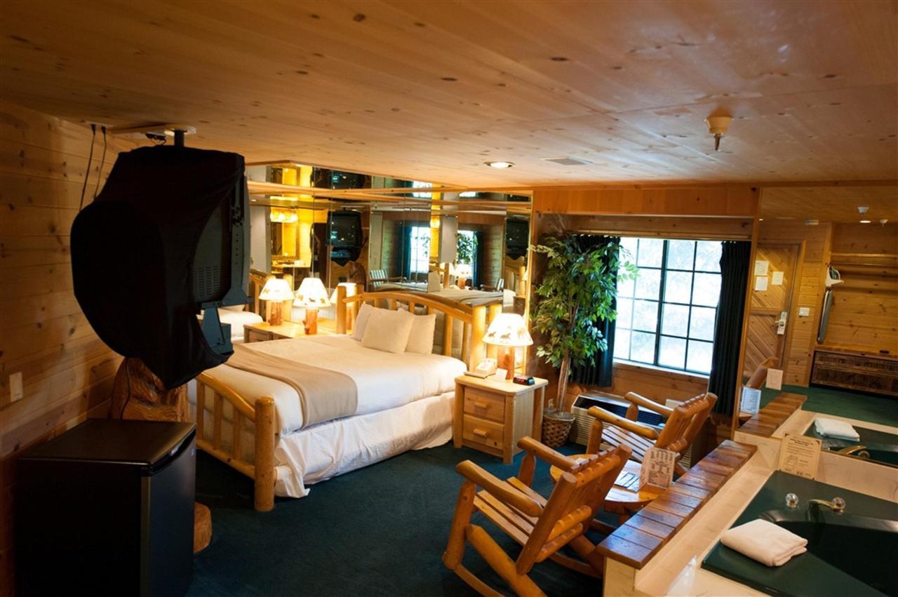 Cabin Suite.jpg