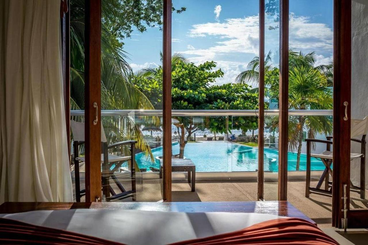 Le Reve Hotel & Spa - A view.jpg