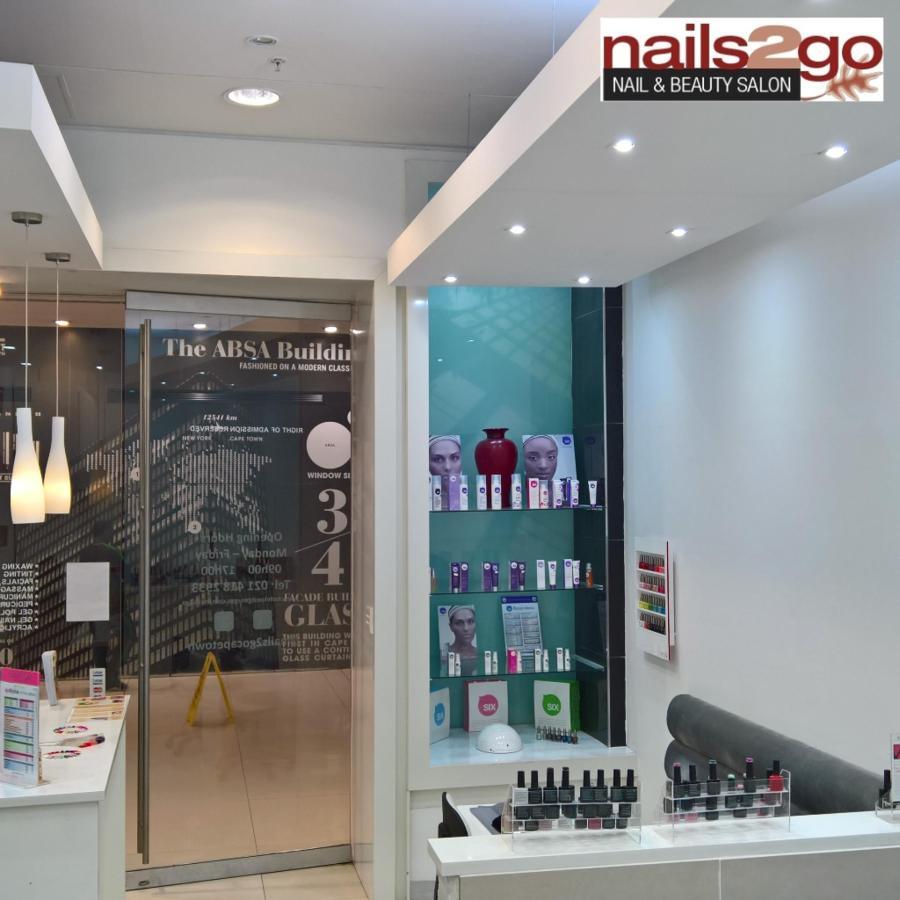 Nails2Go