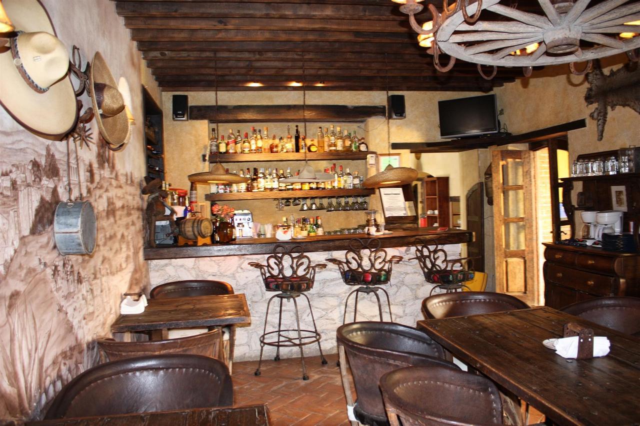 Restaurante y Bar