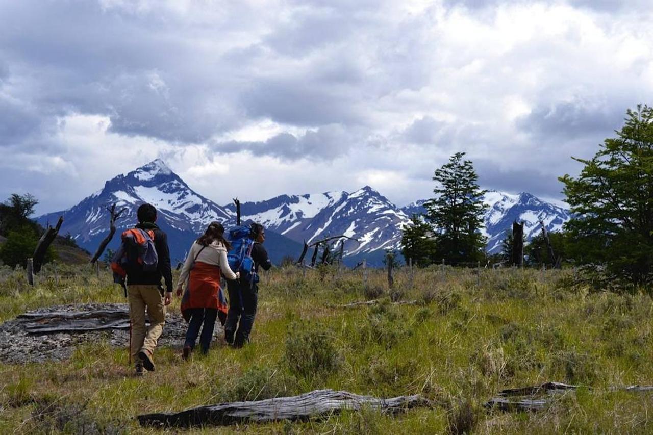 Excursions & Surroundings