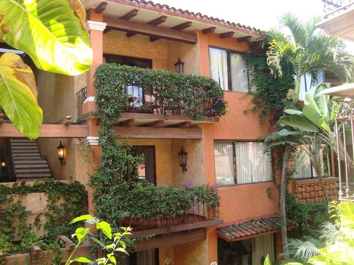 Propiedad - Balcones floridos.jpg