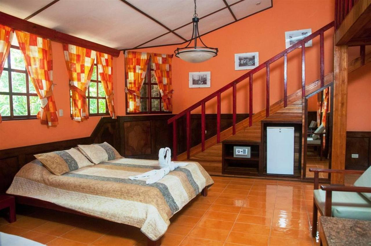 Playa Bejuco Hotel - Triple Superior Room.jpg