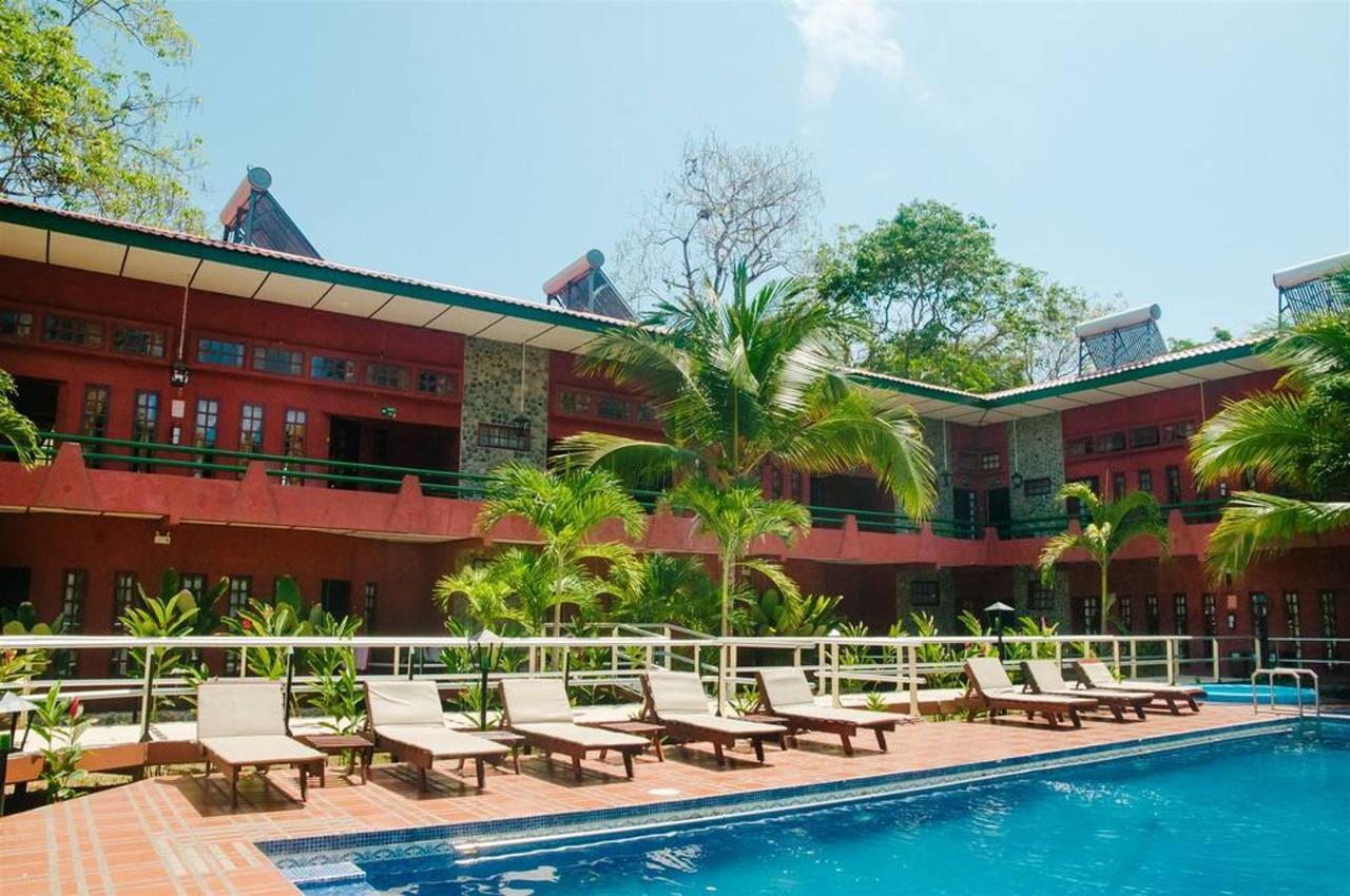 Playa Bejuco Hotel - Exterior.jpg