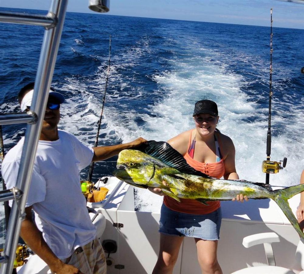 Sport Fishing - Jaco.jpg