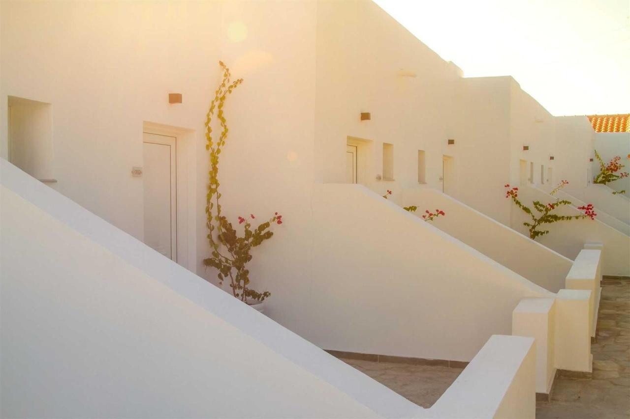 Vues extérieures et architecture