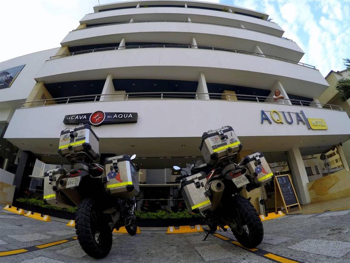 Fachada Aqua Granada Hotel Cali
