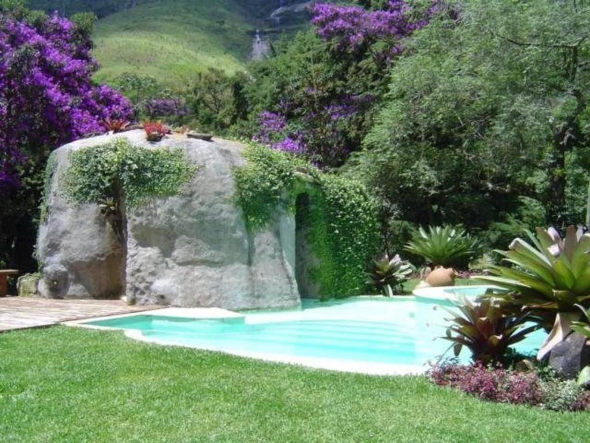 Balcón / área de la piscina