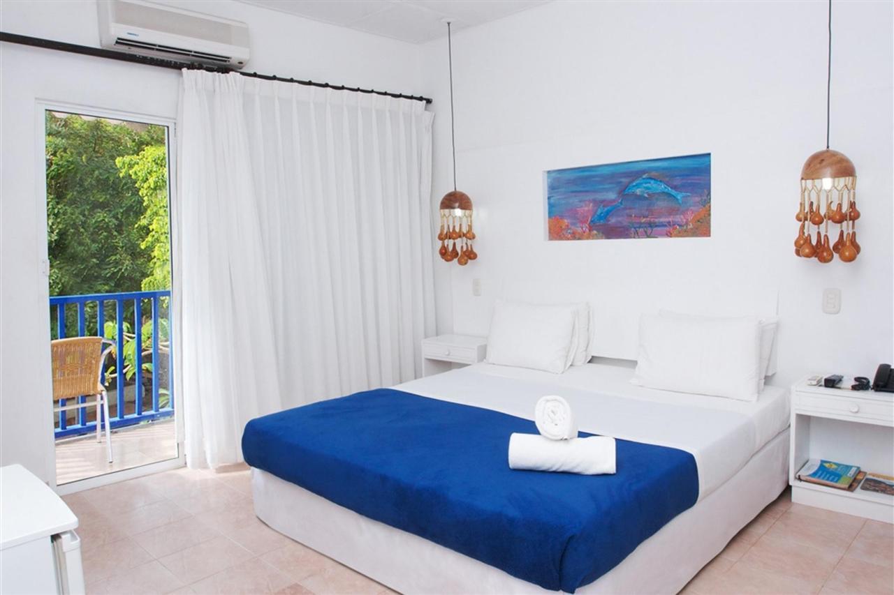 Deluxe Room type B, La Ballena Azul, Santa Marta, Colombia.jpg