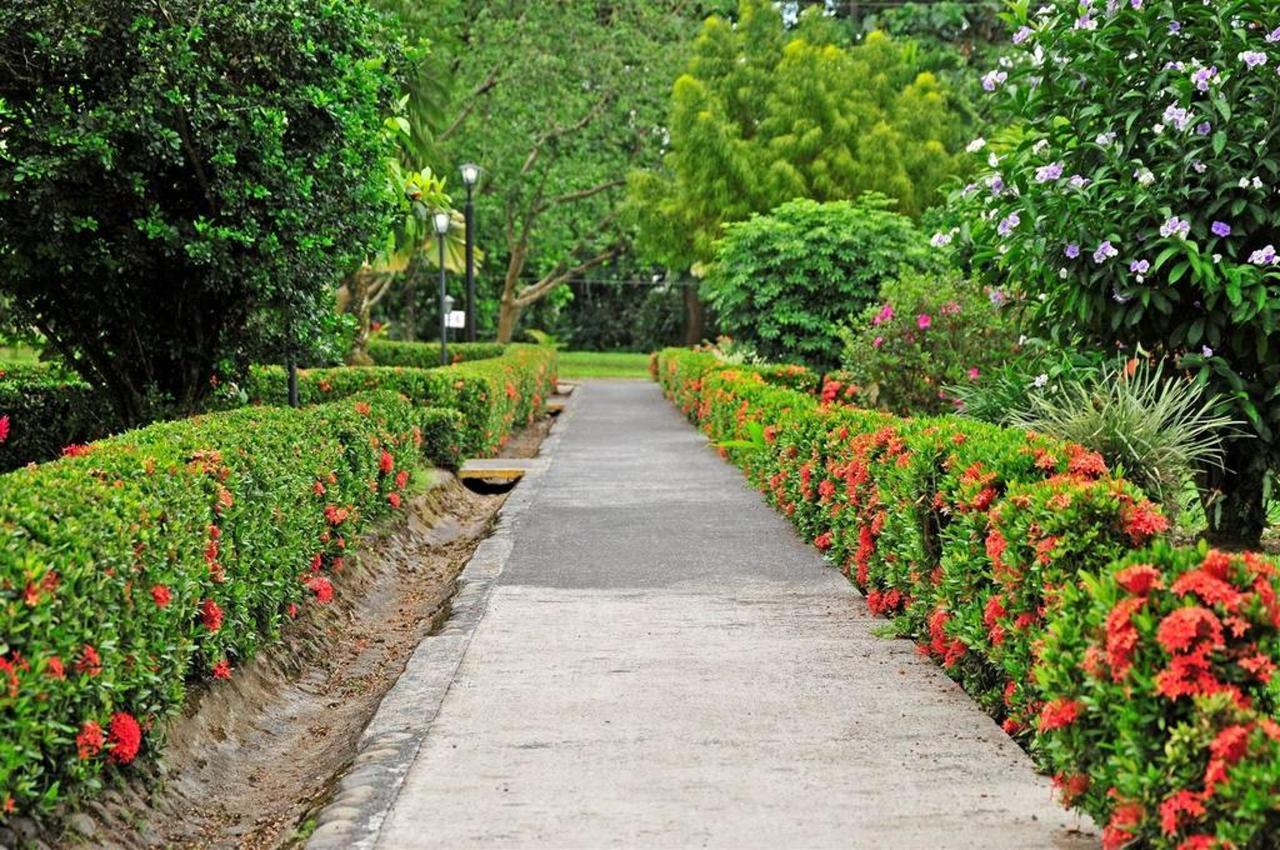 Jardines Arenal Country Inn, Alajuela, Costa Rica