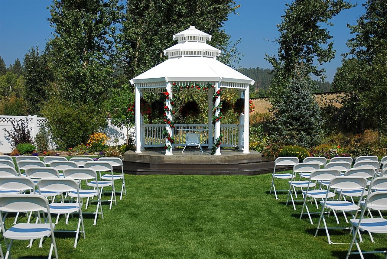 Weddings at the Ashley Inn