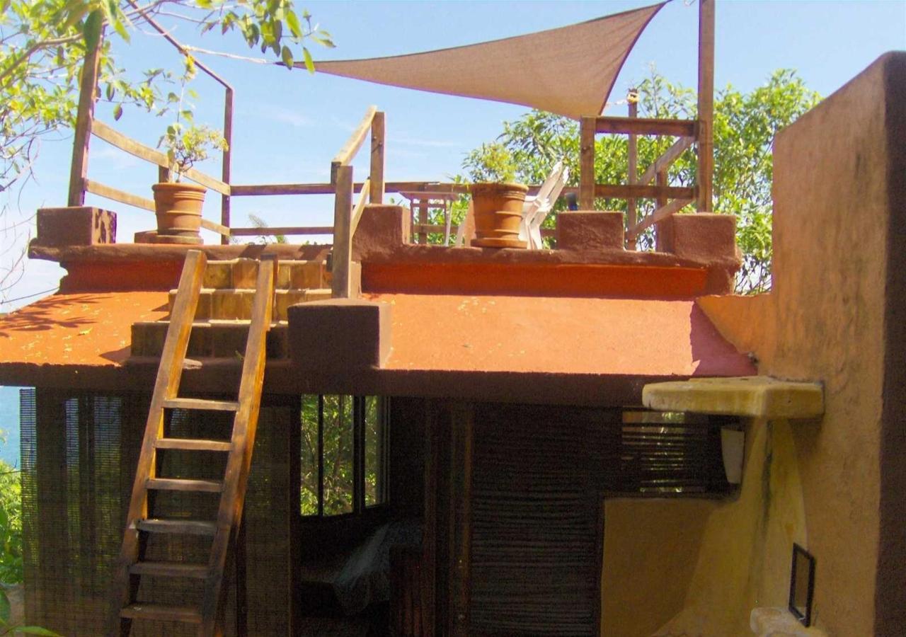 La Torre terraza del tercer nivel.jpg