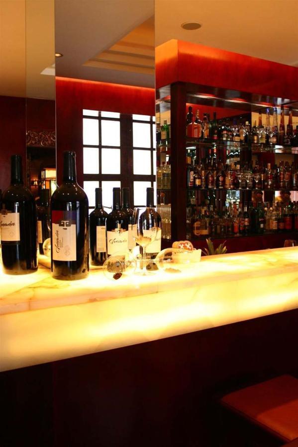 Bar Chamán