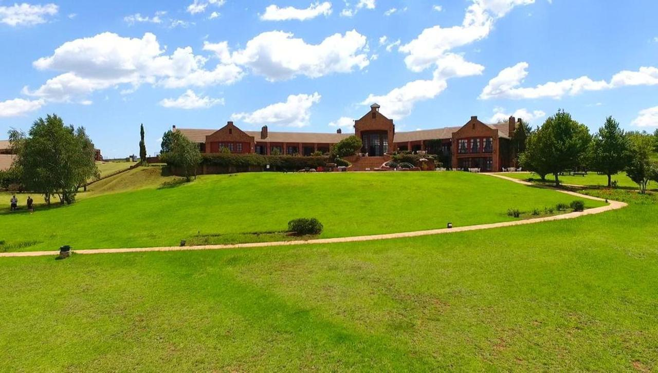Gooderson Kloppenheim Country Estate Property.jpg